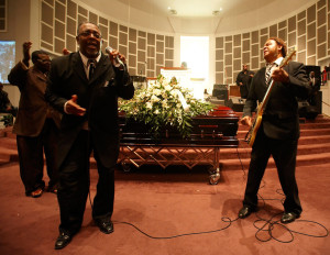 Singing Stars Dennis Bowers And Sam Williams Pay Their Last Respects